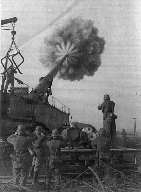 Железнодорожные пушки Дора и Густав
