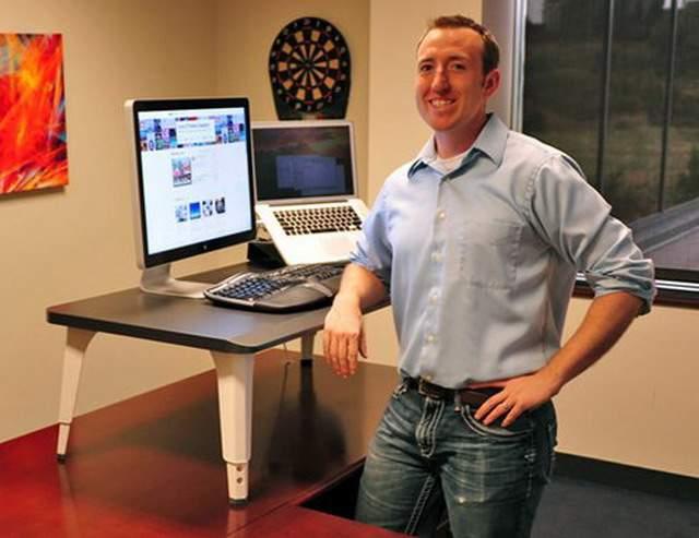 standing-desk-add-on-pace-mcculloch-1.jpg.492x0_q85_crop-smart