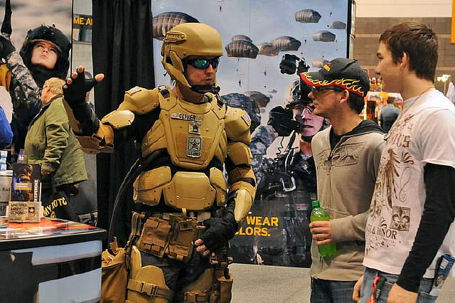 US-Military-bringing-Iron-Man-to-Life-2