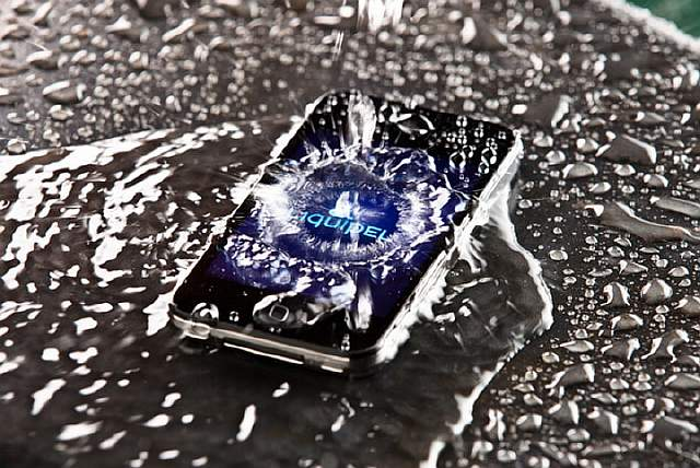 liquipel-waterproof-smartphone-coating-3