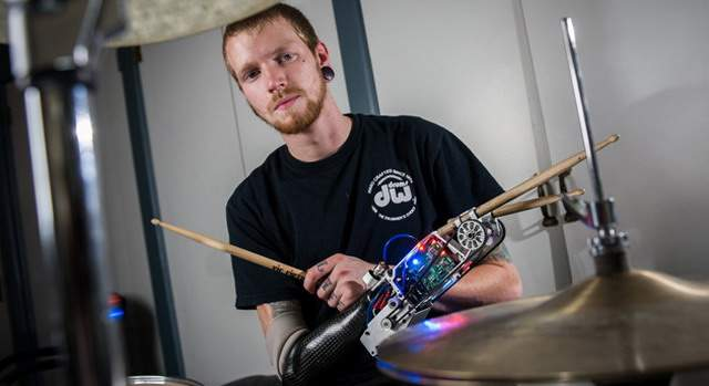 robot-drummer-prosthesis-georgia-tech-flickr