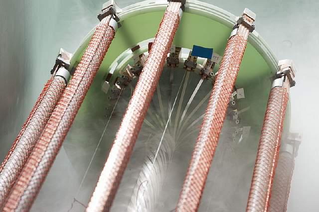 В Германии запущен в работу первый в мире сверхпроводящий кабель