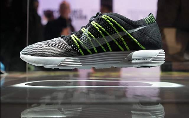 Nike-Flyknit_Floating31