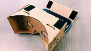 Как сделать полноценный шлем виртуальной реальности из коробки от пиццы, смартфона, и деталей за 21 доллар