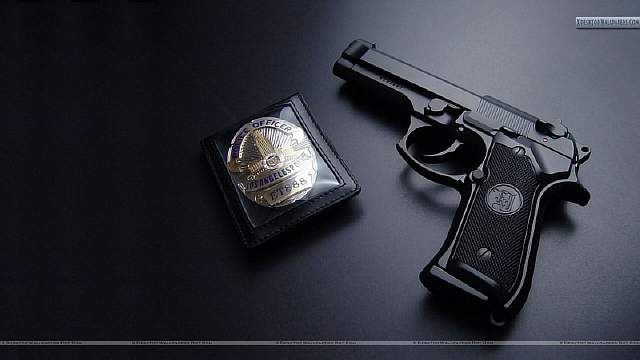 Los-Angels-Police-Gun-With-Badge