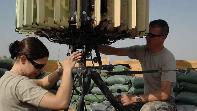 1280px-flickr_-_the_u.s._army_-_radar_maintenance_at_forward_operating_base_delta_iraq