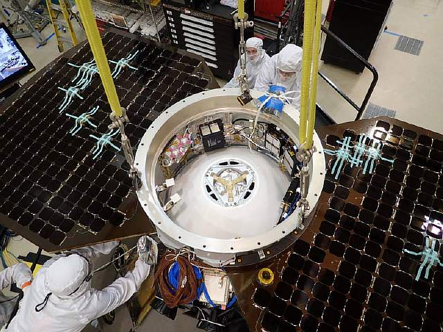 InSight Cruise Stage Installation
