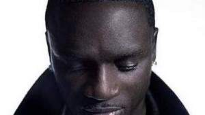 Американский рэпер Akon запускает проект «Солнечной Академии», которая даст электричество 600 миллионам африканцев