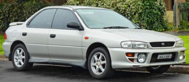 1997-2000_Subaru_Impreza_RX_sedan_2011-08-17_01-629x273
