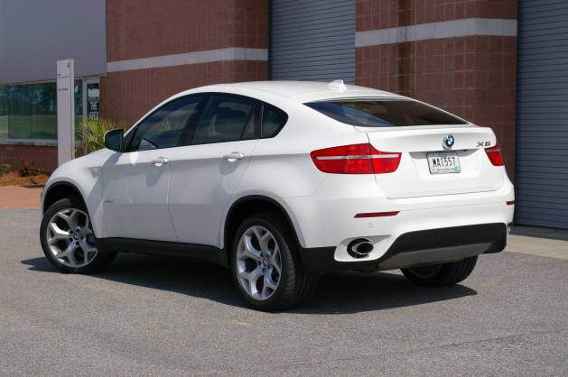 BMW-X6-White-Wallpaper-629x418