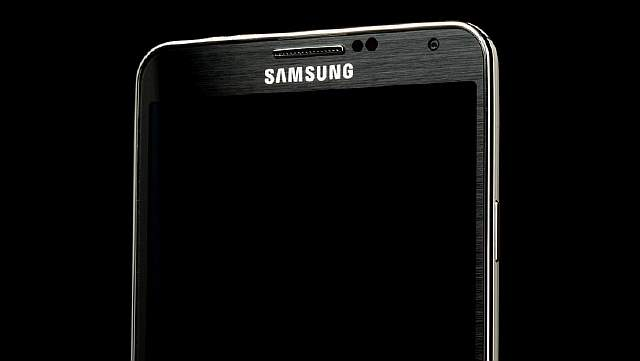 samsung-galaxy-note-3-top-screen-angle