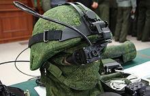 Российская боевая экипировка второго поколения «Ратник» получит улучшенные бронезащиту, датчики и связь