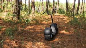 Полноприводный скутер eGroov для пляжа, леса и города