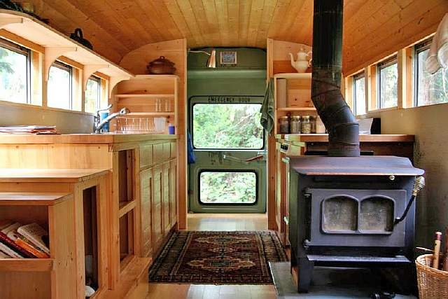 5-wood-bus-with-stove-1