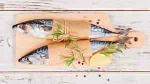 Подпись к изображению: Хотя почти все виды рыбы содержат ртуть, новое исследование показало, что польза от употребления рыбы в период беременности сводит на нет воздействие ртути на организм новорождённых.