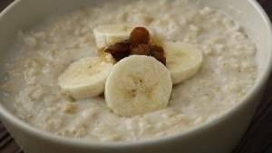 Enjoying a bowl porridge oats every day could help lengthen your life, a study has found