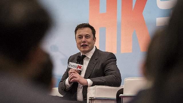 Подпись к изображению: Илон Маск неоднократно предупреждал о вызовах, связанных со стремительным прогрессом в области искусственного интеллекта