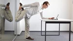 Перерывы на зарядку полезны для здоровья: даже небольшие упражнения помогают устранить вредные последствия длительного сидения