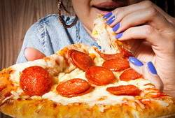 37B7318C00000578-3765344-Eating_processed_foods_might_not_only_be_bad_for_our_waistlines_-a-34_1472568125123