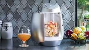 Новое устройство превращает фрукты в спиртной напиток