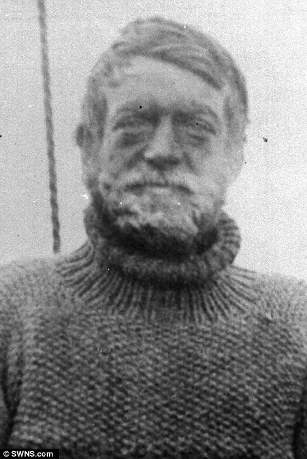 3aafc1a000000578-3966442-sir_ernest_shackleton_above_in_1922_led_an_expedition_to_trek_ac-m-8_1479979225258