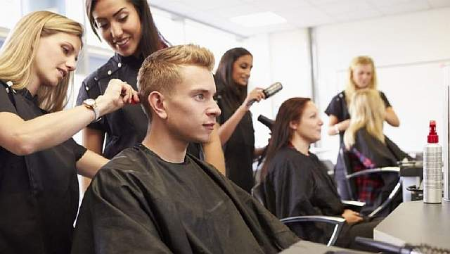 teaching-training-hairdressers-1024x569-845x476