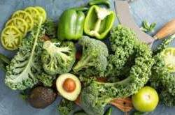 99219578_FRW1PX_Variety_of_green_vegetables-large
