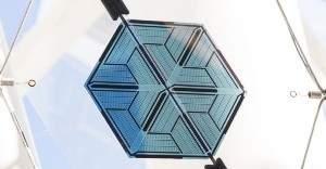 Недавно обнаруженный минерал одновременно может преобразовывать движение, солнечный свет и тепло в электричество
