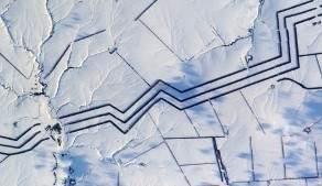 Что означают странные многокилометровые параллельные линии в российских снегах?