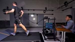 Роботизированные шорты помогают пробежать марафон быстрее на несколько минут