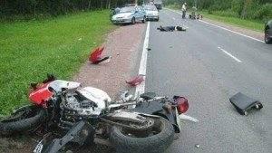 Аварии мотоциклистов причиняют во много раз больший ущерб, чем автомобили