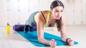 Эти упражнения для мышц кора помогут бегунам избавиться от болей в спине