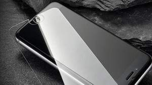 Как наклеить защитное стекло на телефон и сделать его неуязвимым