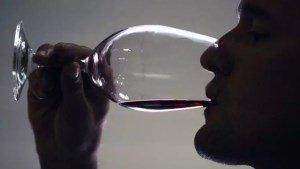 Умеренное потребление алкоголя благотворно влияет на мужскую фертильность