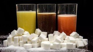 Как сократить потребление сладких напитков с помощью формы стаканов