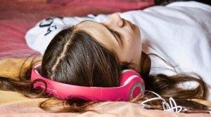 Как избежать развития у детей чрезмерной меркантильности и бездуховности