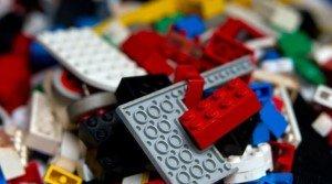 Учёные изучали, что будет с организмом ребенка, если он проглотит детальки LEGO