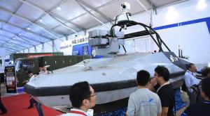 Китай продемонстрировал свой новейший беспилотный ракетный катер на выставке Airshow China