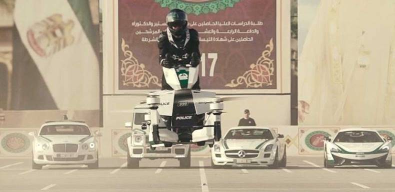 dubai-police-training-officers-hoverbike