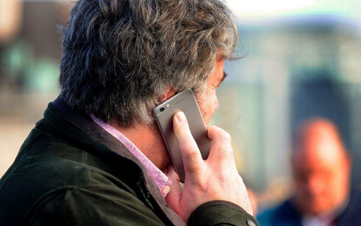 О влиянии мобильных телефонов на рост опухолей головного мозга